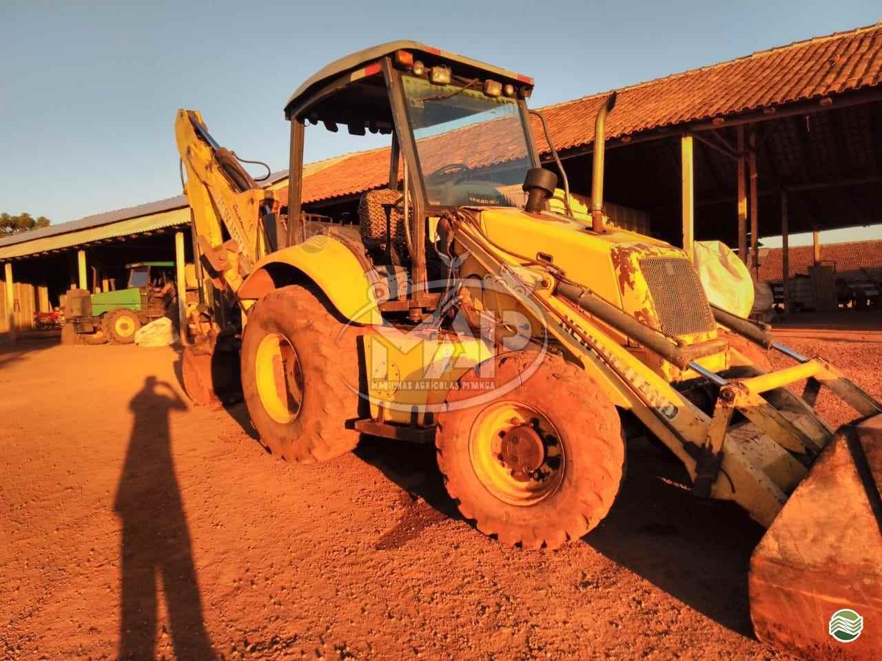 RETRO ESCAVADEIRA NEW HOLLAND LB110 Tração 4x4 Máquinas Agrícolas Pitanga PITANGA PARANÁ PR