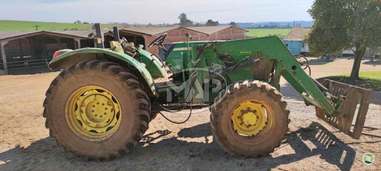 JOHN DEERE 5090 de Máquinas Agrícolas Pitanga - PITANGA/PR