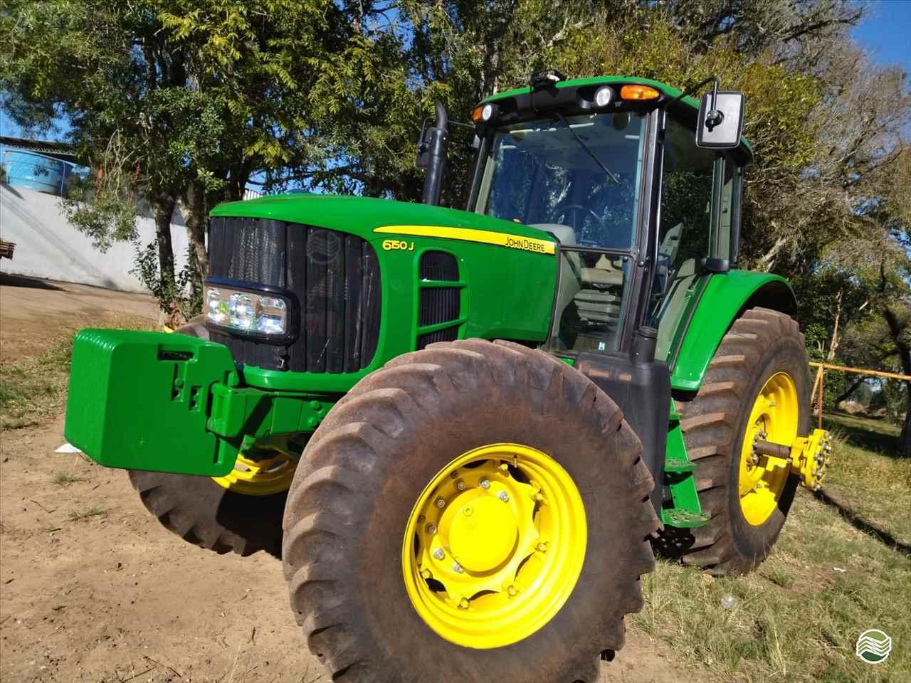 JOHN DEERE 6150 de Máquinas Agrícolas Pitanga - PITANGA/PR