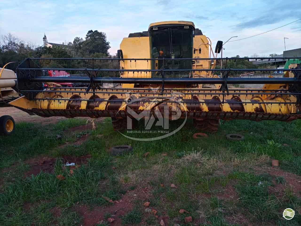 COLHEITADEIRA NEW HOLLAND TC 59 Máquinas Agrícolas Pitanga PITANGA PARANÁ PR