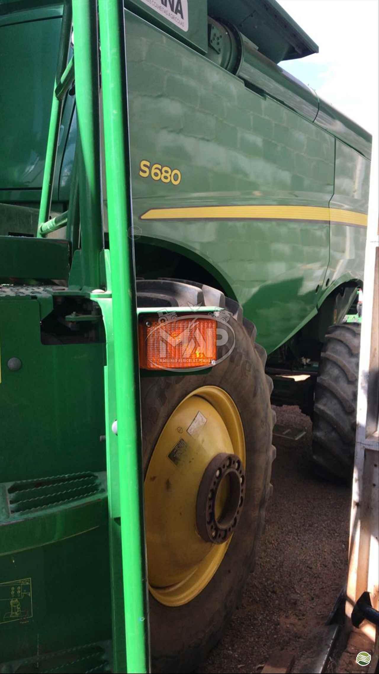 COLHEITADEIRA JOHN DEERE JOHN DEERE S680 Máquinas Agrícolas Pitanga PITANGA PARANÁ PR
