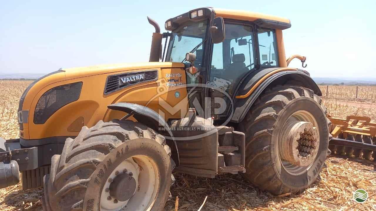 TRATOR VALTRA VALTRA BH 210 Tração 4x4 Máquinas Agrícolas Pitanga PITANGA PARANÁ PR