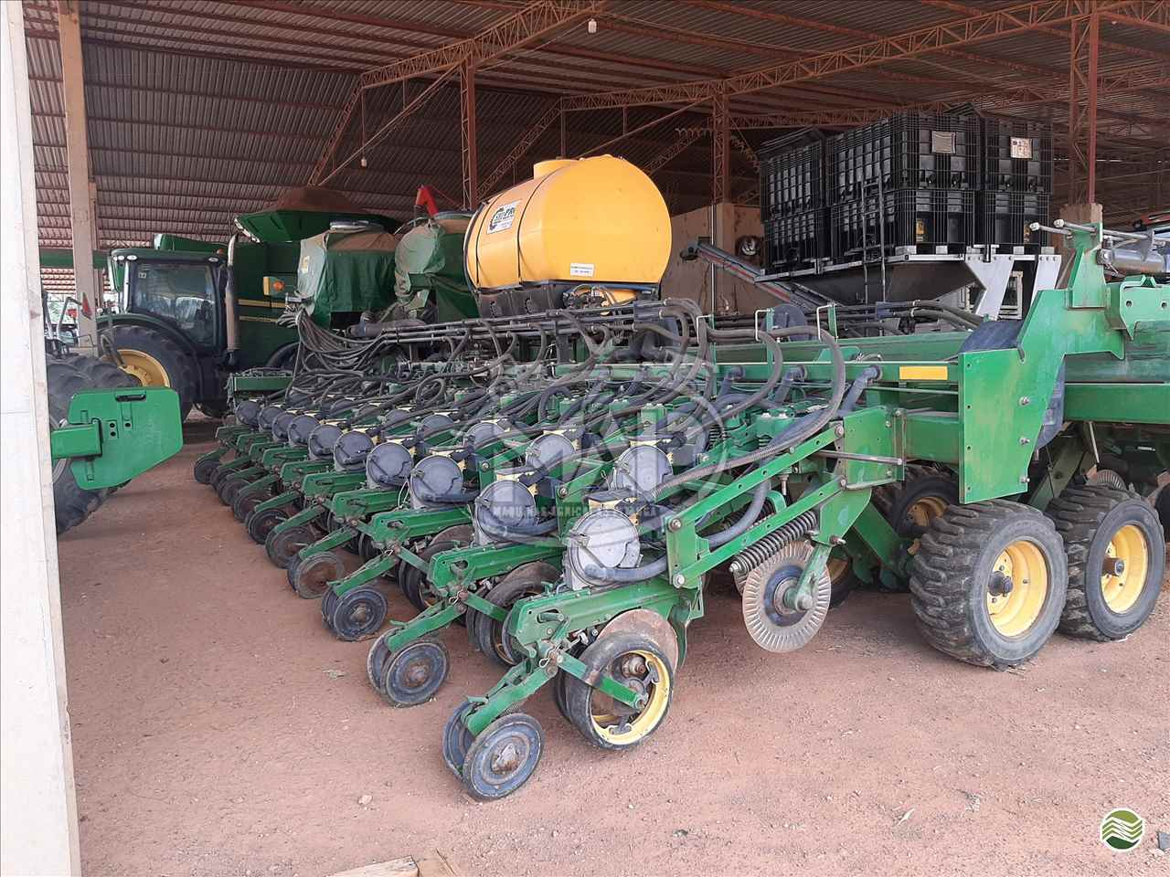 PLANTADEIRA JOHN DEERE PLANTADEIRAS DB74 Máquinas Agrícolas Pitanga PITANGA PARANÁ PR