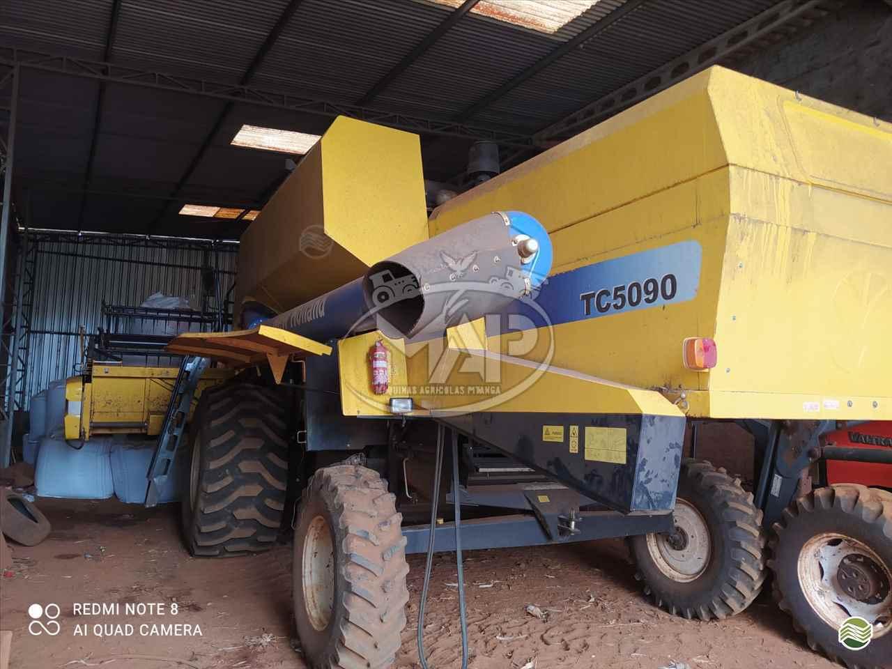 COLHEITADEIRA NEW HOLLAND TC 5090 Máquinas Agrícolas Pitanga PITANGA PARANÁ PR
