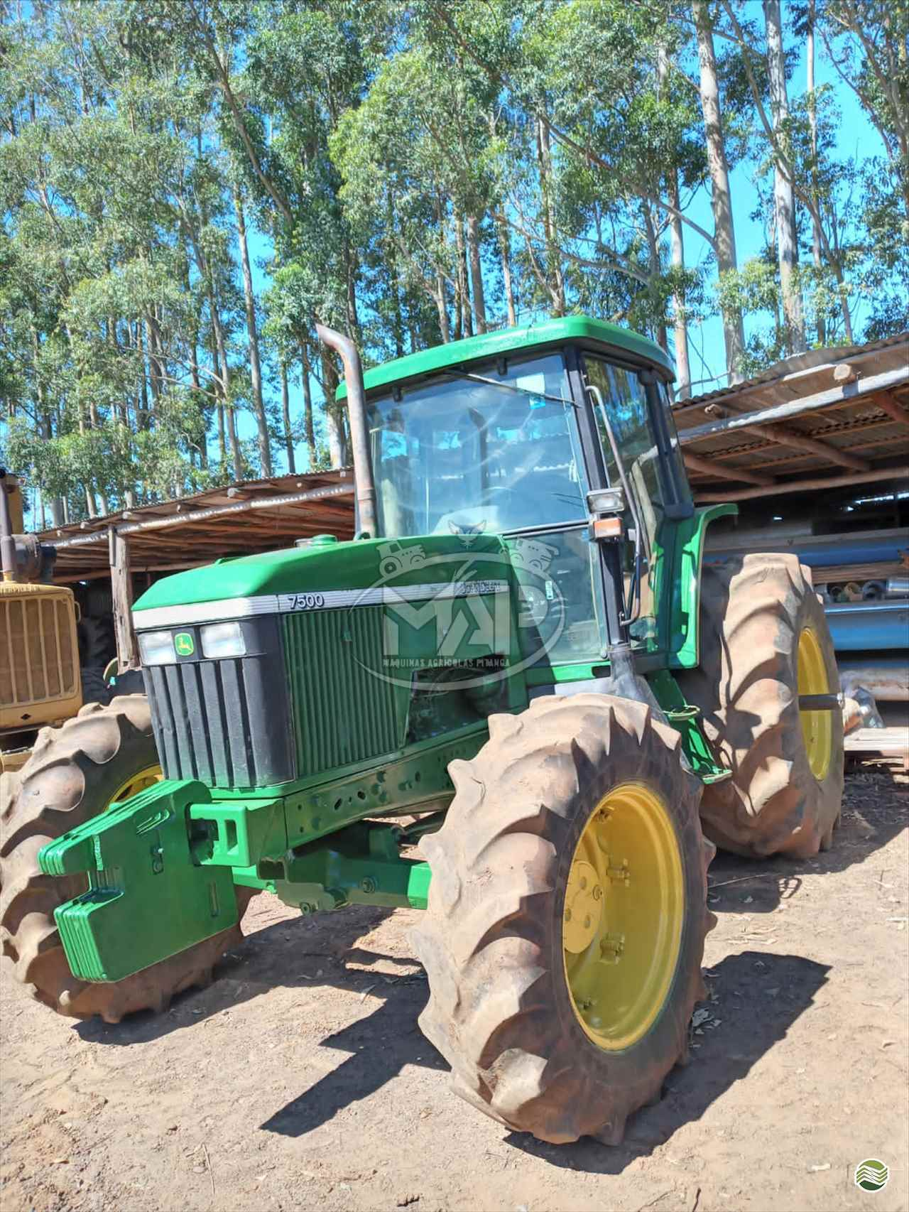TRATOR JOHN DEERE JOHN DEERE 7500 Tração 4x4 Máquinas Agrícolas Pitanga PITANGA PARANÁ PR