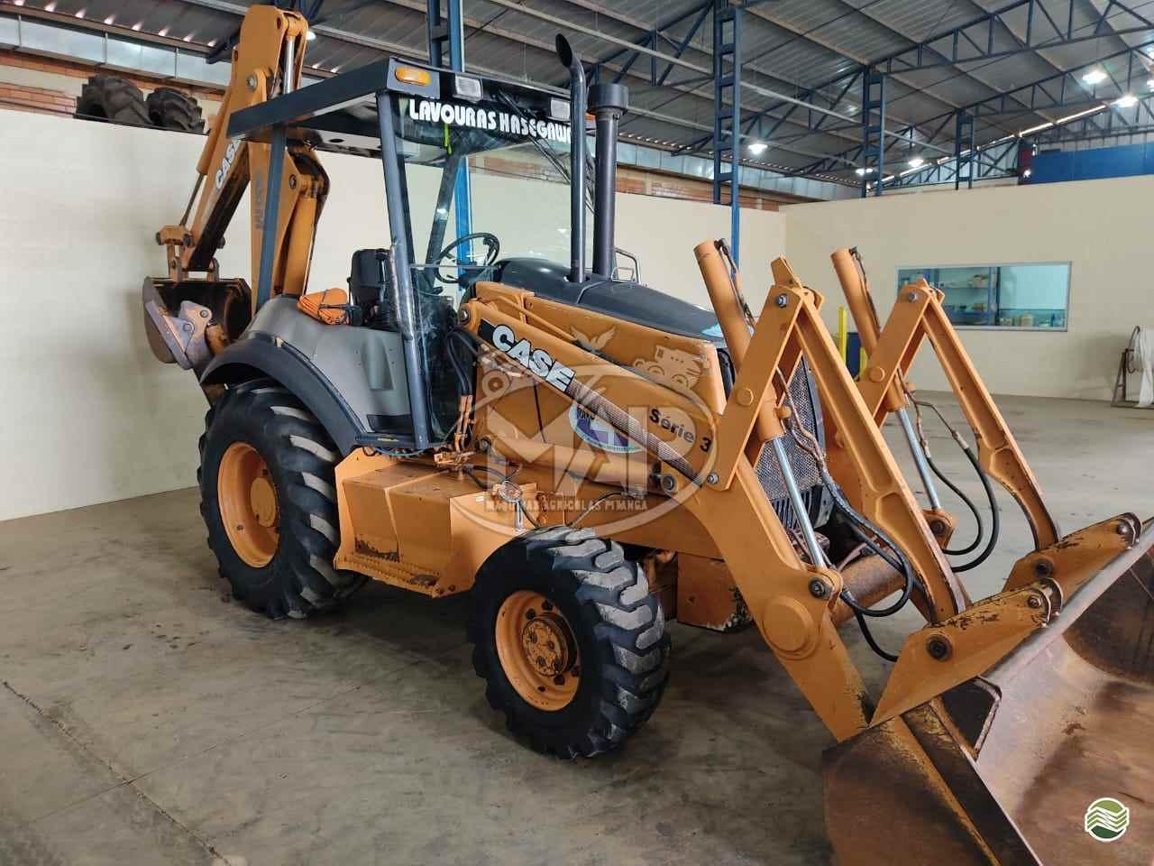 RETRO ESCAVADEIRA CASE 580M Tração 4x4 Máquinas Agrícolas Pitanga PITANGA PARANÁ PR