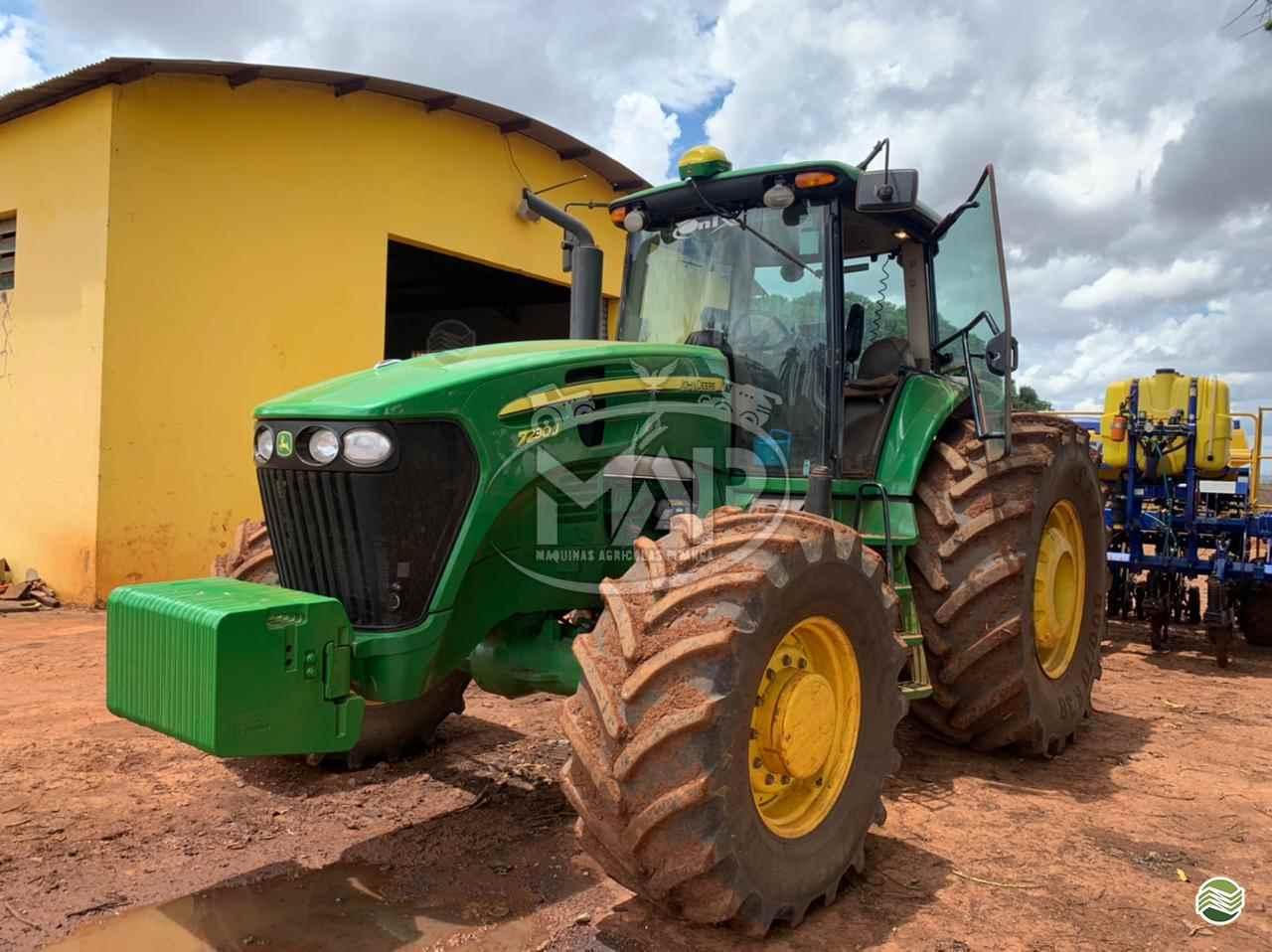 TRATOR JOHN DEERE JOHN DEERE 7230 Tração 4x4 Máquinas Agrícolas Pitanga PITANGA PARANÁ PR