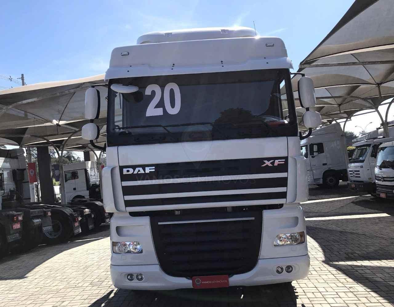 CAMINHAO DAF DAF XF105 460 Cavalo Mecânico Truck 6x2 Vamos Seminovos - Regente Feijó REGENTE FEIJO SÃO PAULO SP