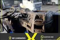VOLVO VOLVO FH 520 900000km 2011/2011 MF Caminhões