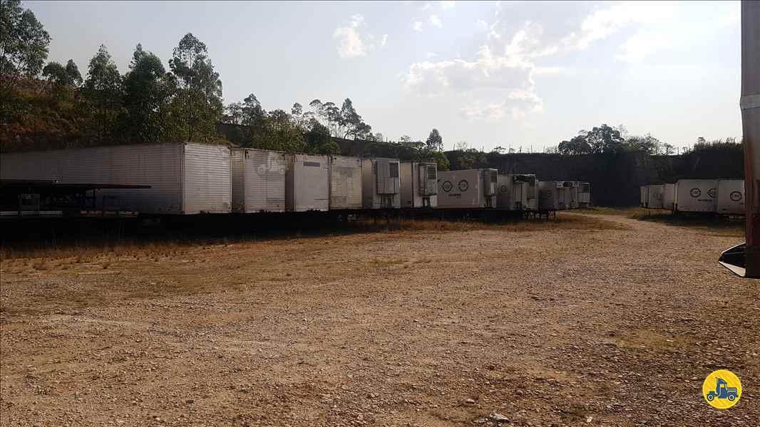 SEMI-REBOQUE BAU FURGÃO  2014/2014 APK Logística Transportes
