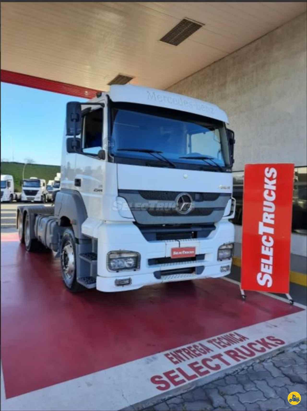 CAMINHAO MERCEDES-BENZ MB 2544 Aves Vivas Truck 6x2 SelecTrucks - Mauá SP - Matriz  MAUA SÃO PAULO SP