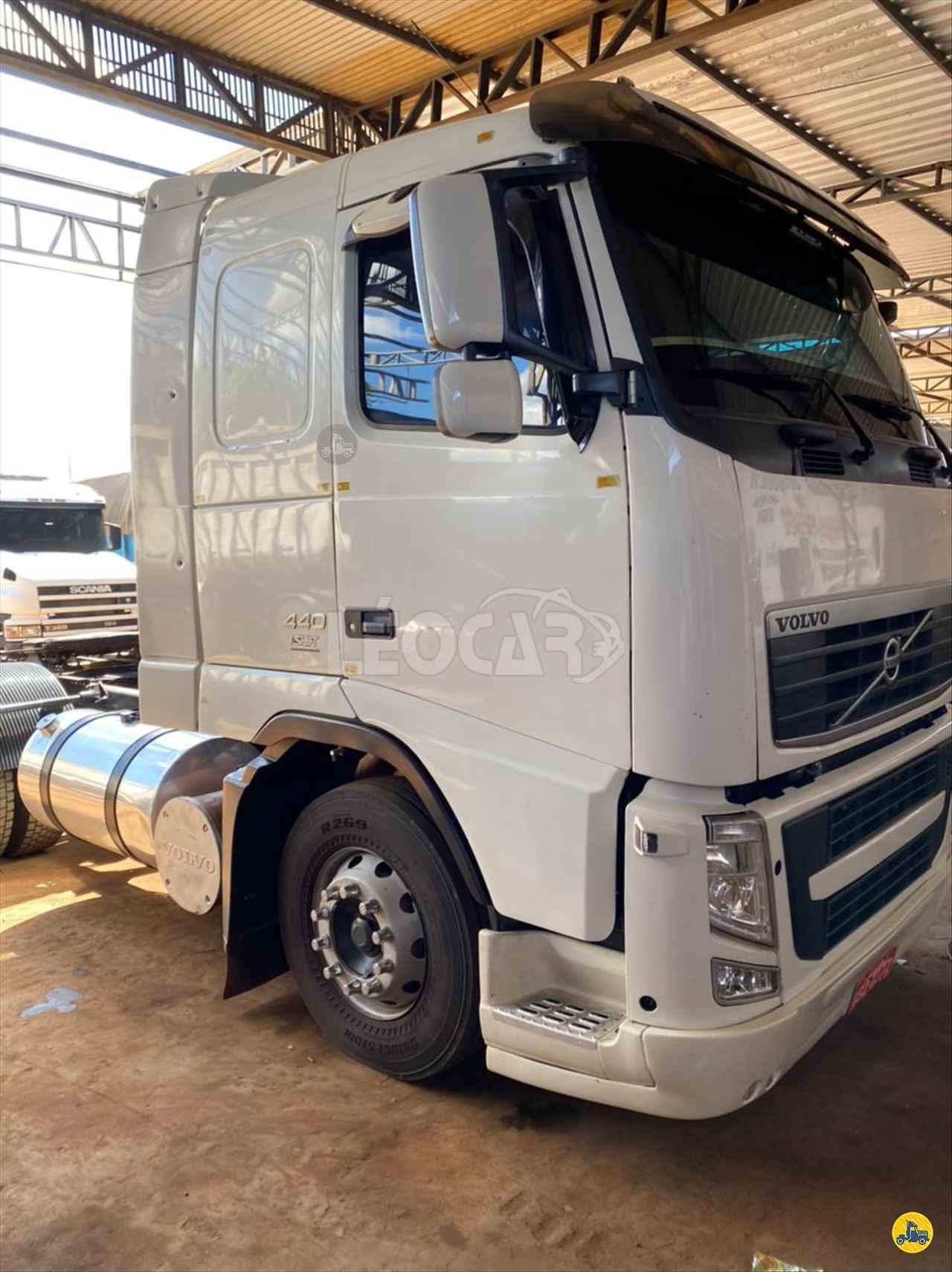 CAMINHAO VOLVO VOLVO FH 440 Cavalo Mecânico Truck 6x2 Leocar Caminhões PRIMAVERA DO LESTE MATO GROSSO MT