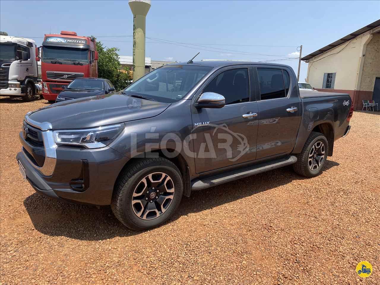 CARRO TOYOTA Hilux 2.8 SRX Leocar Caminhões PRIMAVERA DO LESTE MATO GROSSO MT
