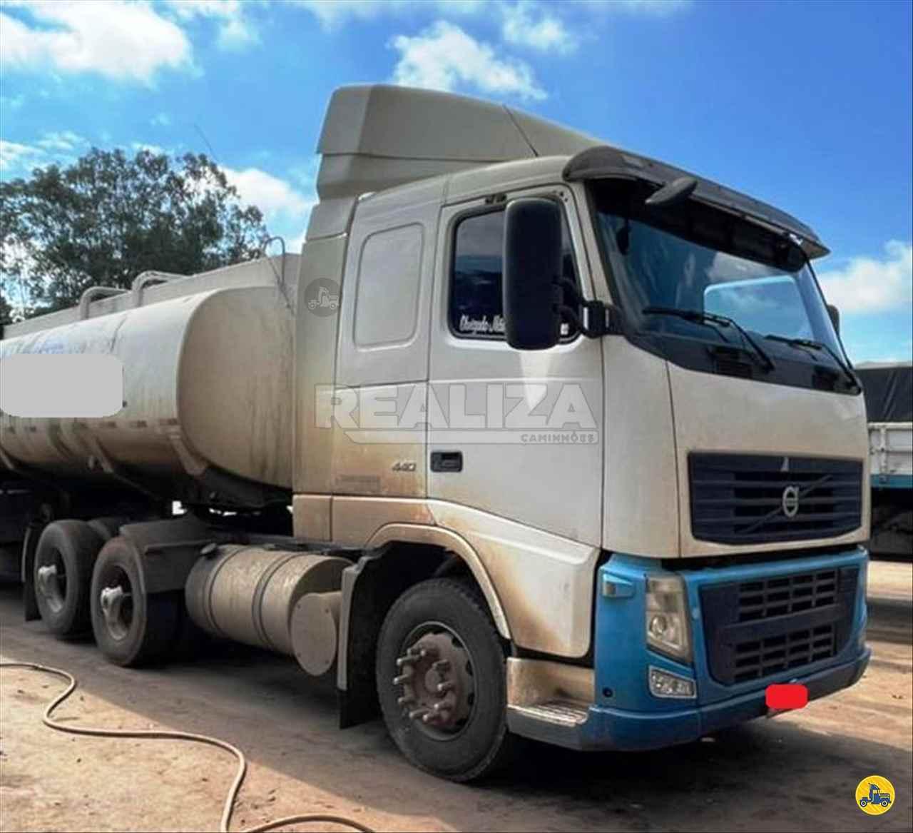 CAMINHAO VOLVO VOLVO FH 440 Cavalo Mecânico Truck 6x2 Realiza Caminhões - Umuarama UMUARAMA PARANÁ PR