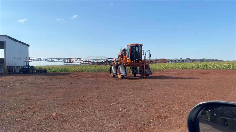 UNIPORT 2500 STAR de MS Máquinas Agrícolas - DOURADOS/MS