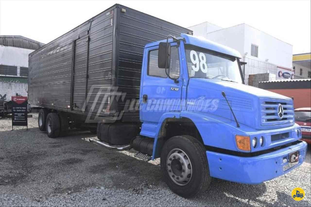 CAMINHAO MERCEDES-BENZ MB 1218 Baú Furgão Truck 6x2 LC Caminhões SAO PAULO SÃO PAULO SP