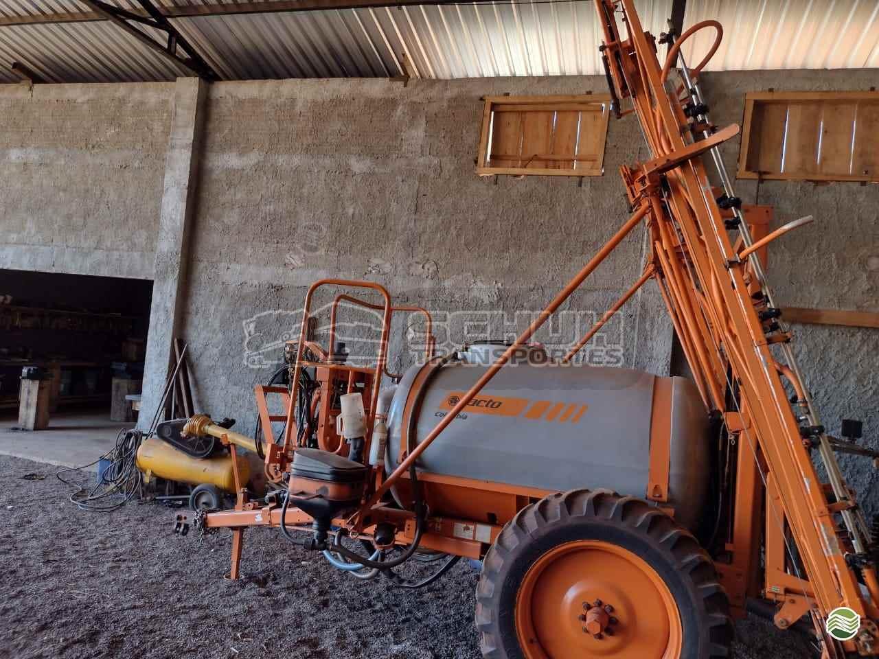 PULVERIZADOR JACTO COLUMBIA AD18 Arrasto Schuh Transportes e Vendas Agrícolas MARECHAL CANDIDO RONDON PARANÁ PR