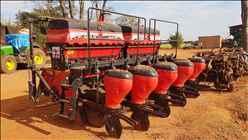 BALDAN BALDAN 4 Linhas  2015/2015 Roda Agricola Máquinas e Peças