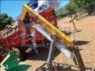PERFURADOR SOLO PERFURADOR DE SOLO  20 Moi Maquinas e Implementos Agricolas