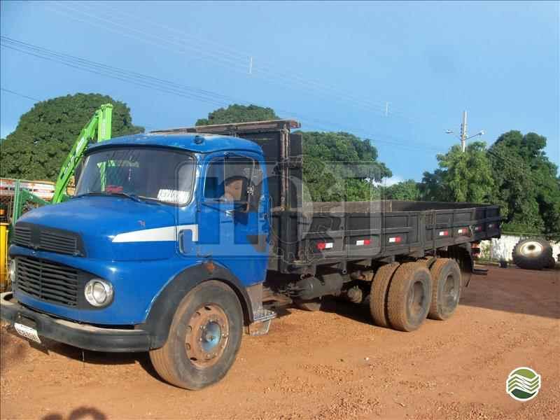 CAMINHAO MERCEDES-BENZ MB 1111 Graneleiro Truck 6x2 Moi Maquinas e Implementos Agricolas PORTO NACIONAL TOCANTINS TO