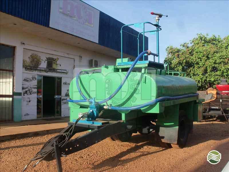 CARRETA TANQUE TANQUE 5500 LITROS  20 Moi Maquinas e Implementos Agricolas