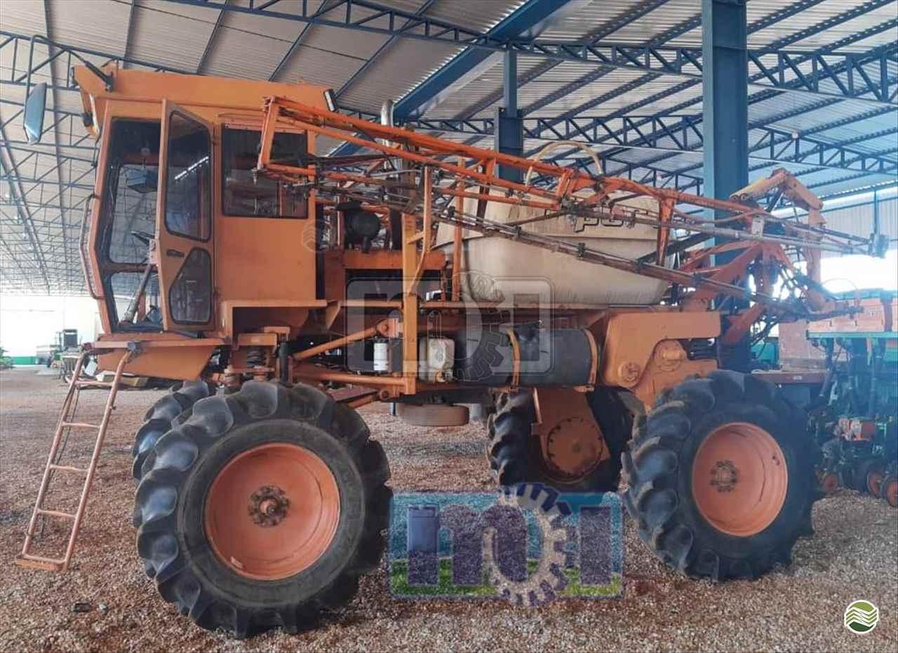 PULVERIZADOR JACTO UNIPORT 2000 Tração 4x2 Moi Maquinas e Implementos Agricolas PORTO NACIONAL TOCANTINS TO