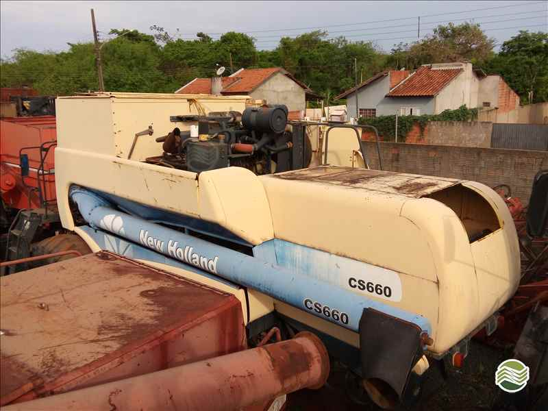 NEW HOLLAND CS 660  2005/2005 Gomagril Máquinas Agrícolas