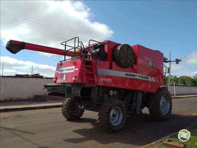 MASSEY FERGUSON MF 9790  2010/2010 Gomagril Máquinas Agrícolas