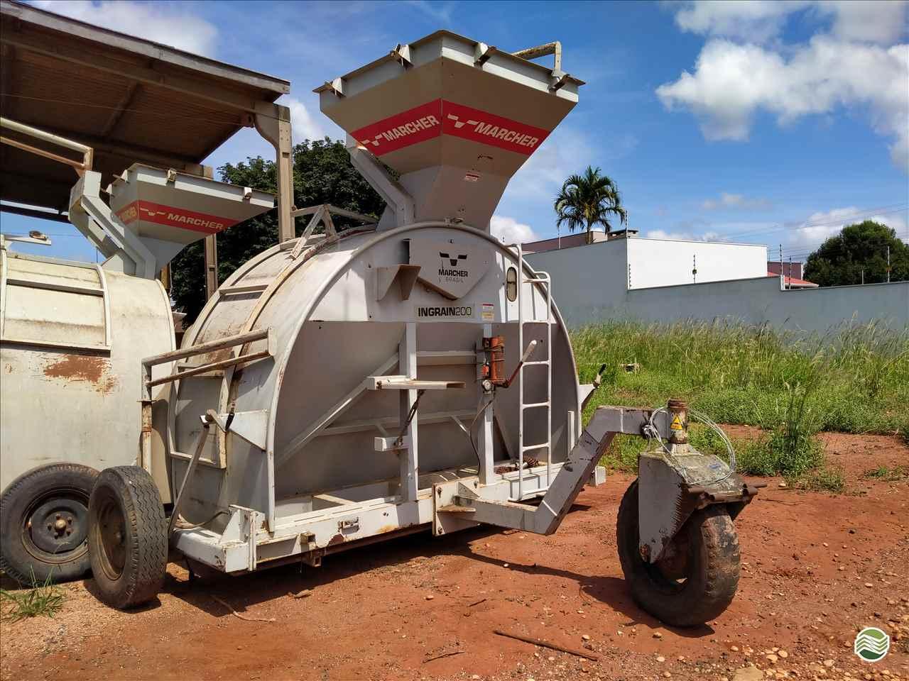 IMPLEMENTOS AGRICOLAS EMBUTIDORA EMBUTIDORA DE GRÃOS Gomagril Máquinas Agrícolas TANGARA DA SERRA MATO GROSSO MT