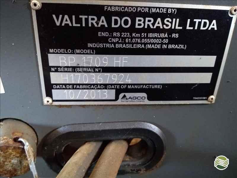 VALTRA HITECH BP 1709  2013/2013 Lavrominas Tratores
