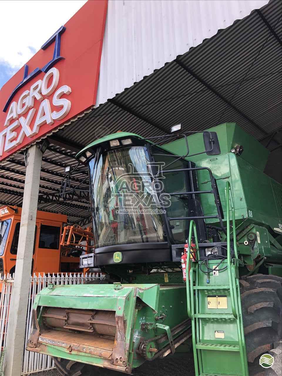 COLHEITADEIRA JOHN DEERE JOHN DEERE 1550 Agro Texas Máquinas Agrícolas VITORINO PARANÁ PR