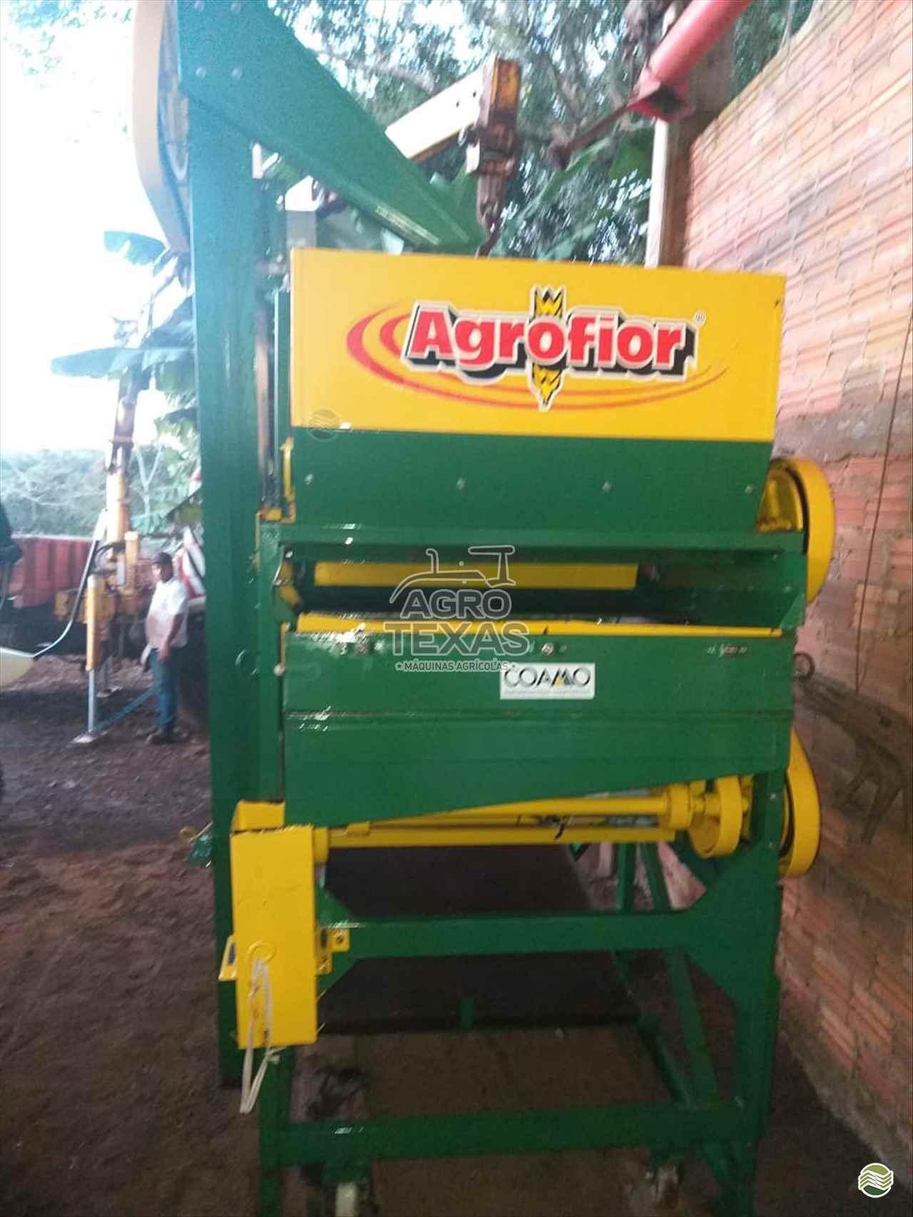 IMPLEMENTOS AGRICOLAS BENEFICIADORA DE GRÃOS CLASSIFICADOR DE SEMENTES Agro Texas Máquinas Agrícolas VITORINO PARANÁ PR