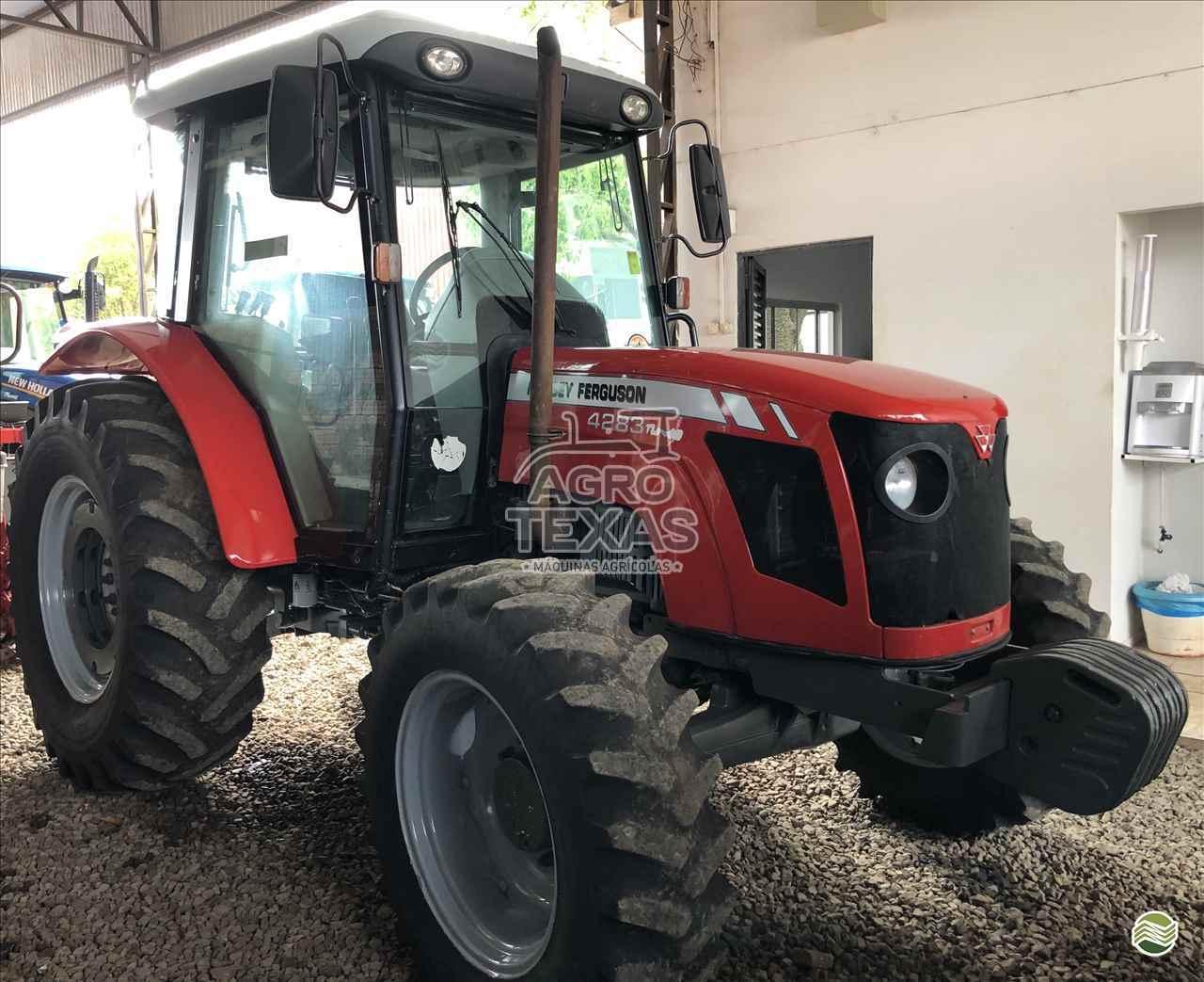 TRATOR MASSEY FERGUSON MF 4283 Tração 4x4 Agro Texas Máquinas Agrícolas VITORINO PARANÁ PR