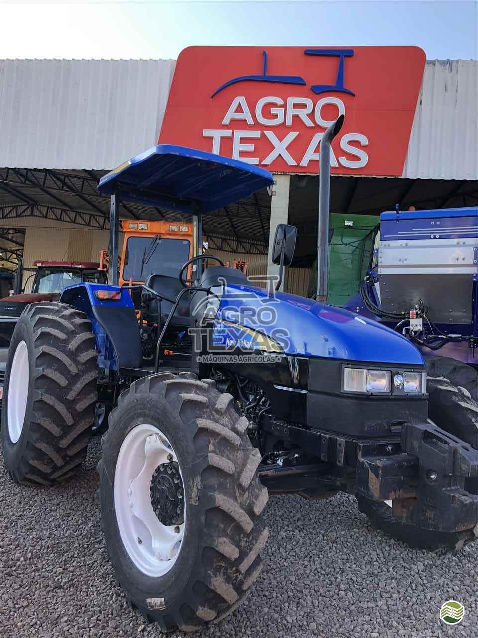 TRATOR NEW HOLLAND NEW TL 85 Tração 4x4 Agro Texas Máquinas Agrícolas VITORINO PARANÁ PR