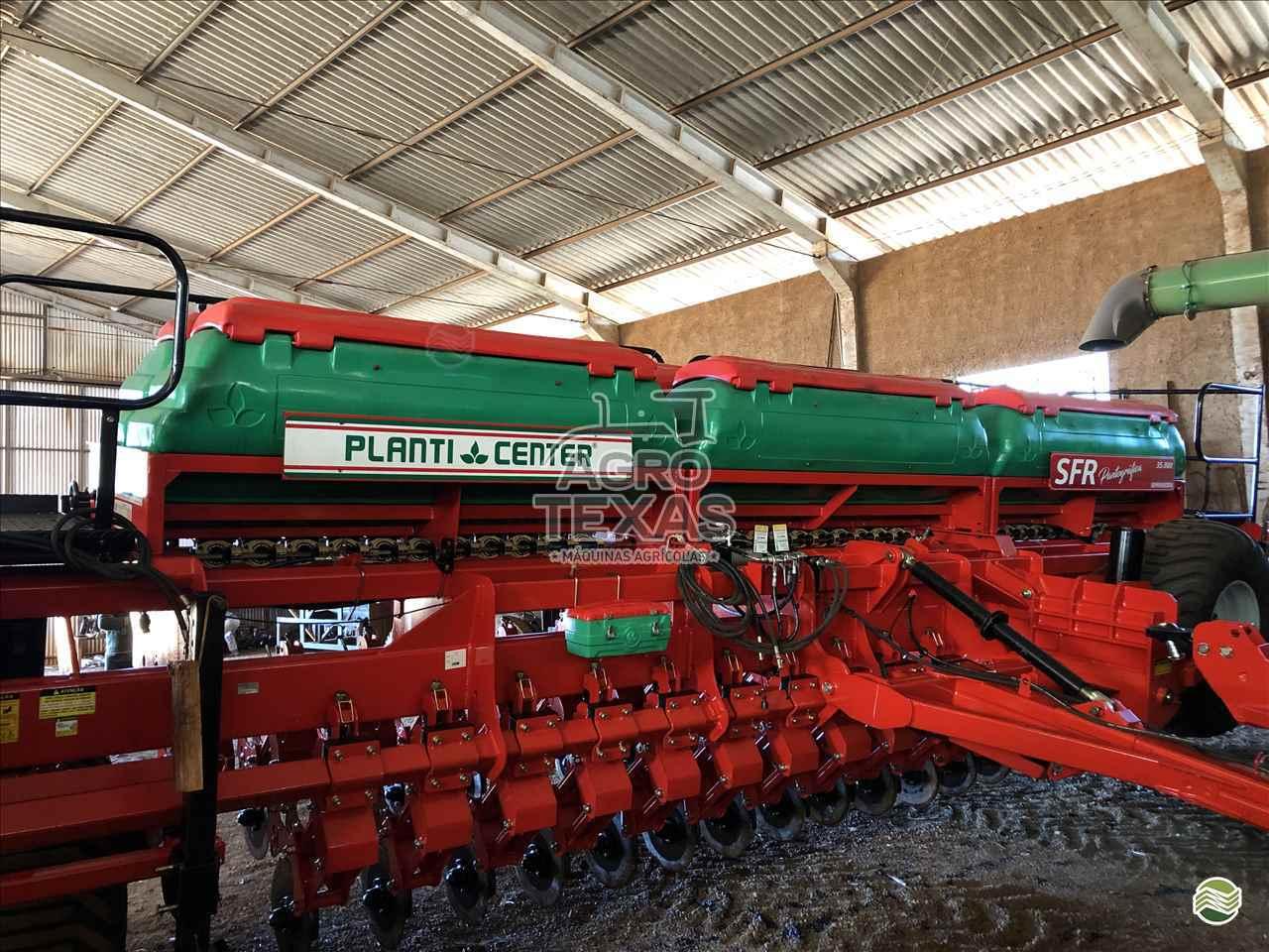 SEMEADEIRA PLANTI CENTER SFR 31000 Agro Texas Máquinas Agrícolas VITORINO PARANÁ PR