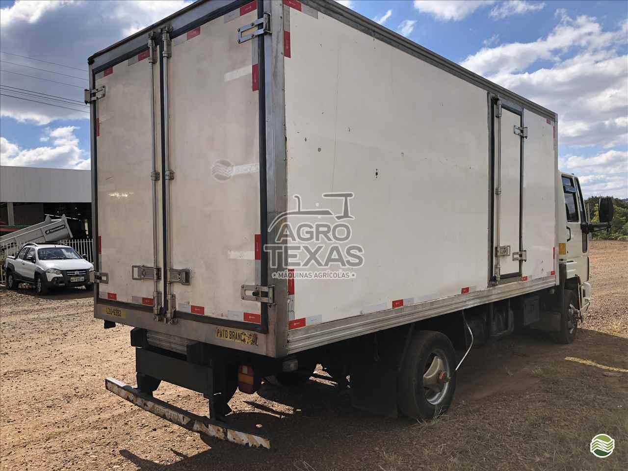 CARROCERIA SOBRE CHASSI  CAMINHAO 3/4 BAU FRIGORIFICO Agro Texas Máquinas Agrícolas VITORINO PARANÁ PR