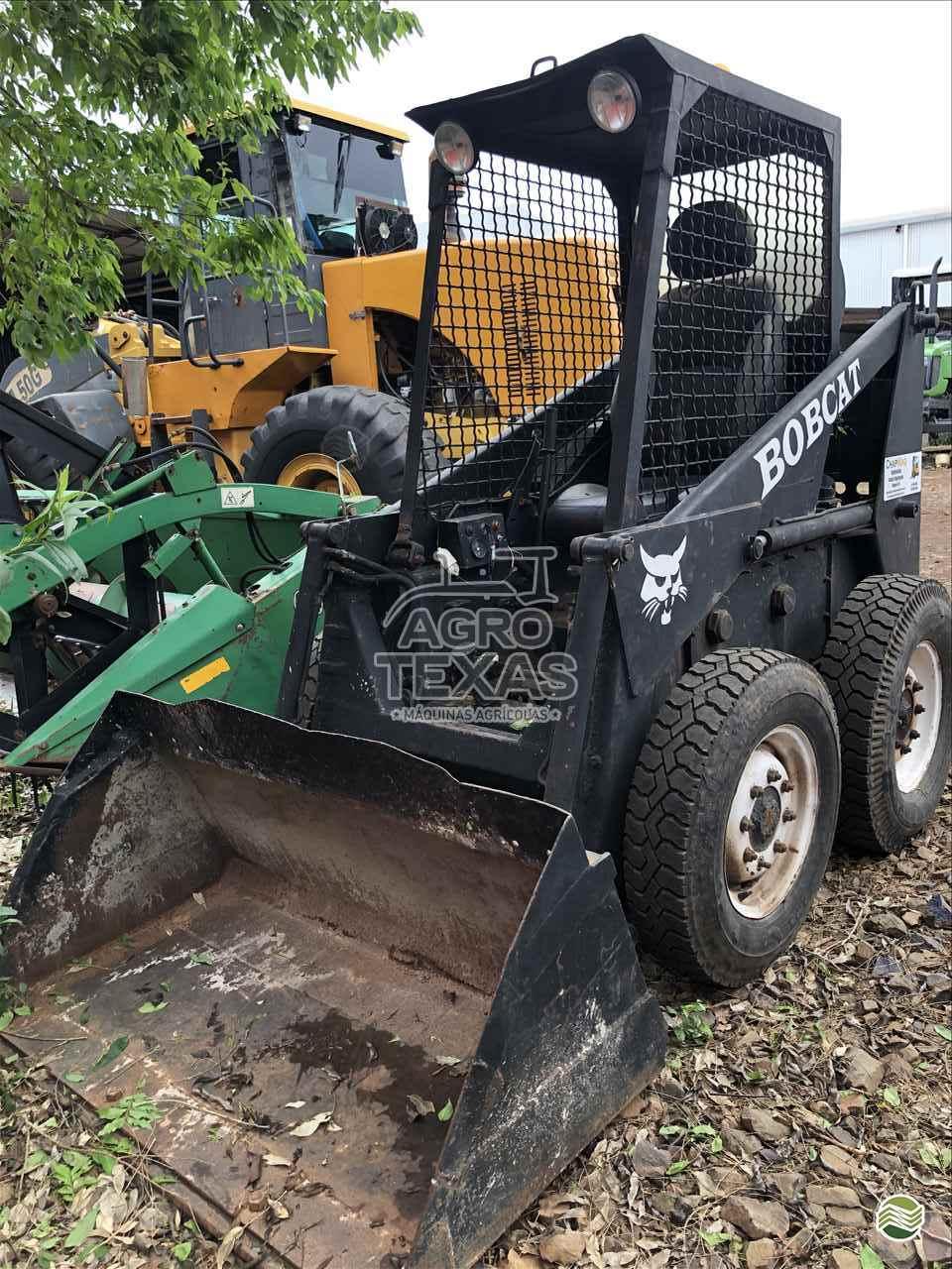 MINI CARREGADEIRA BOBCAT 711 Agro Texas Máquinas Agrícolas VITORINO PARANÁ PR