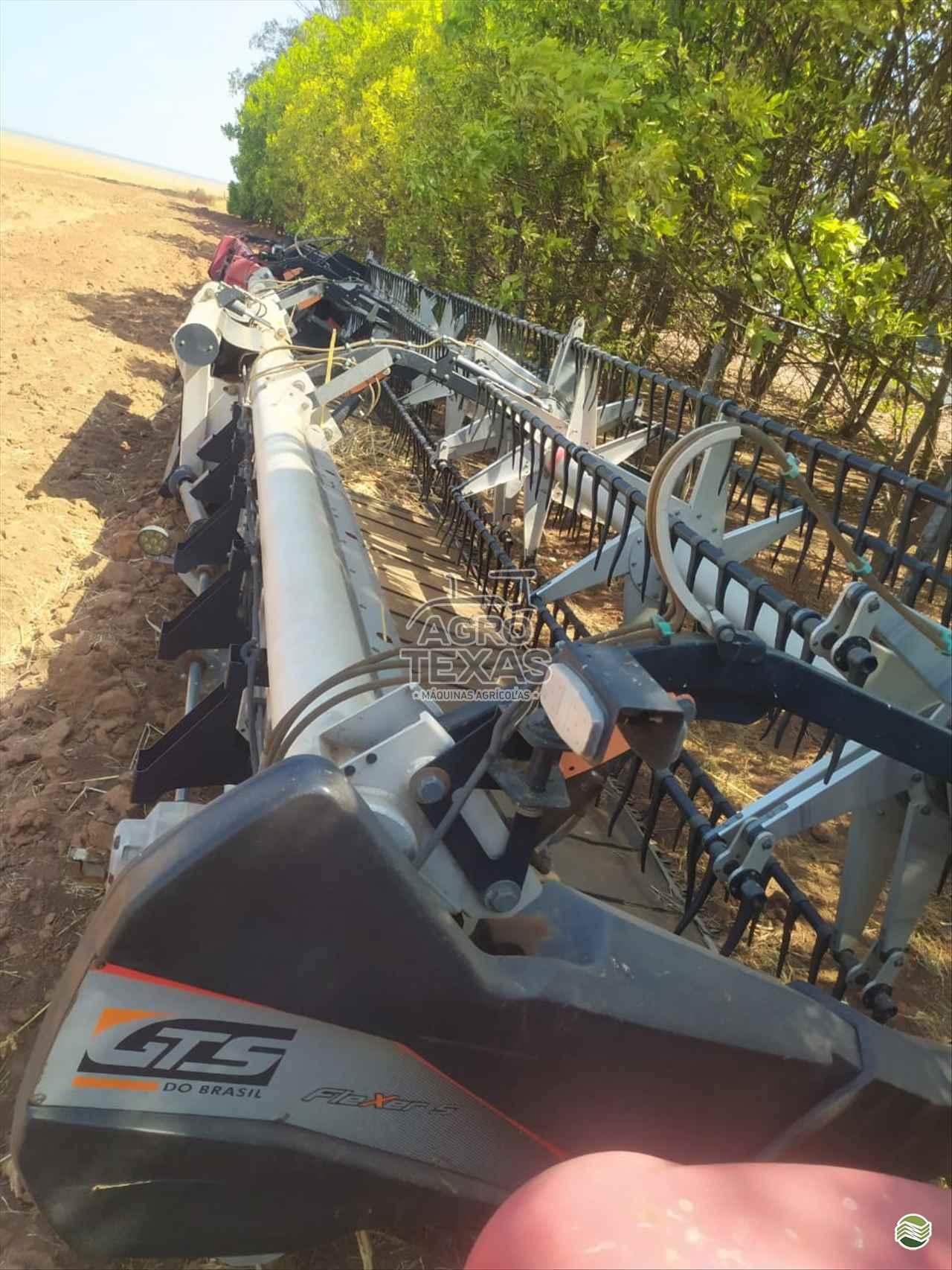 PLATAFORMA COLHEITADEIRA GTS FLEXDRAPER DS35  Agro Texas Máquinas Agrícolas VITORINO PARANÁ PR
