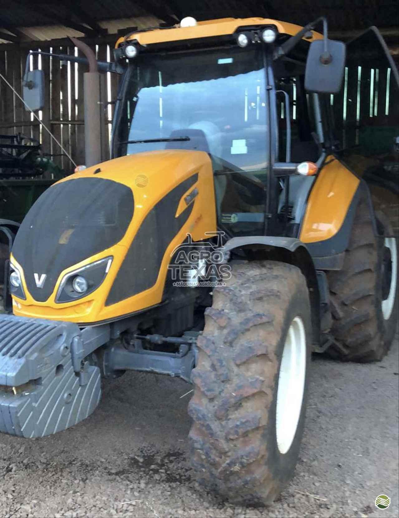 TRATOR VALTRA VALTRA A134 Tração 4x4 Agro Texas Máquinas Agrícolas VITORINO PARANÁ PR