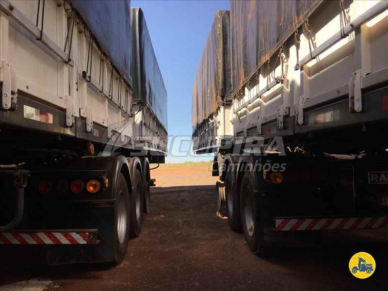 BITREM 9 EIXOS GRANELEIRO  2004/2004 Sucupira Caminhões