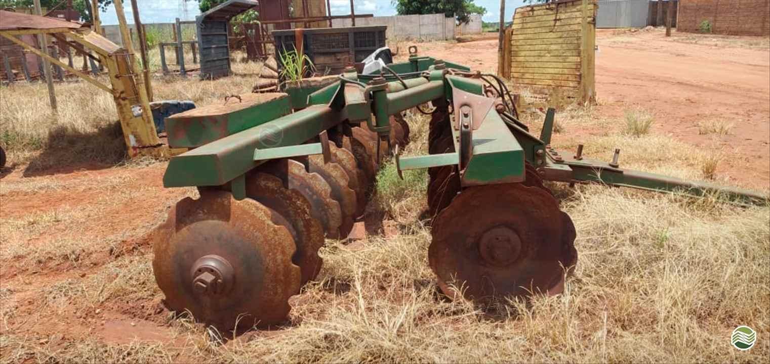 IMPLEMENTOS AGRICOLAS GRADE ARADORA ARADORA 22 DISCOS Gomes e Gouveia Máquinas CENTRALINA MINAS GERAIS MG