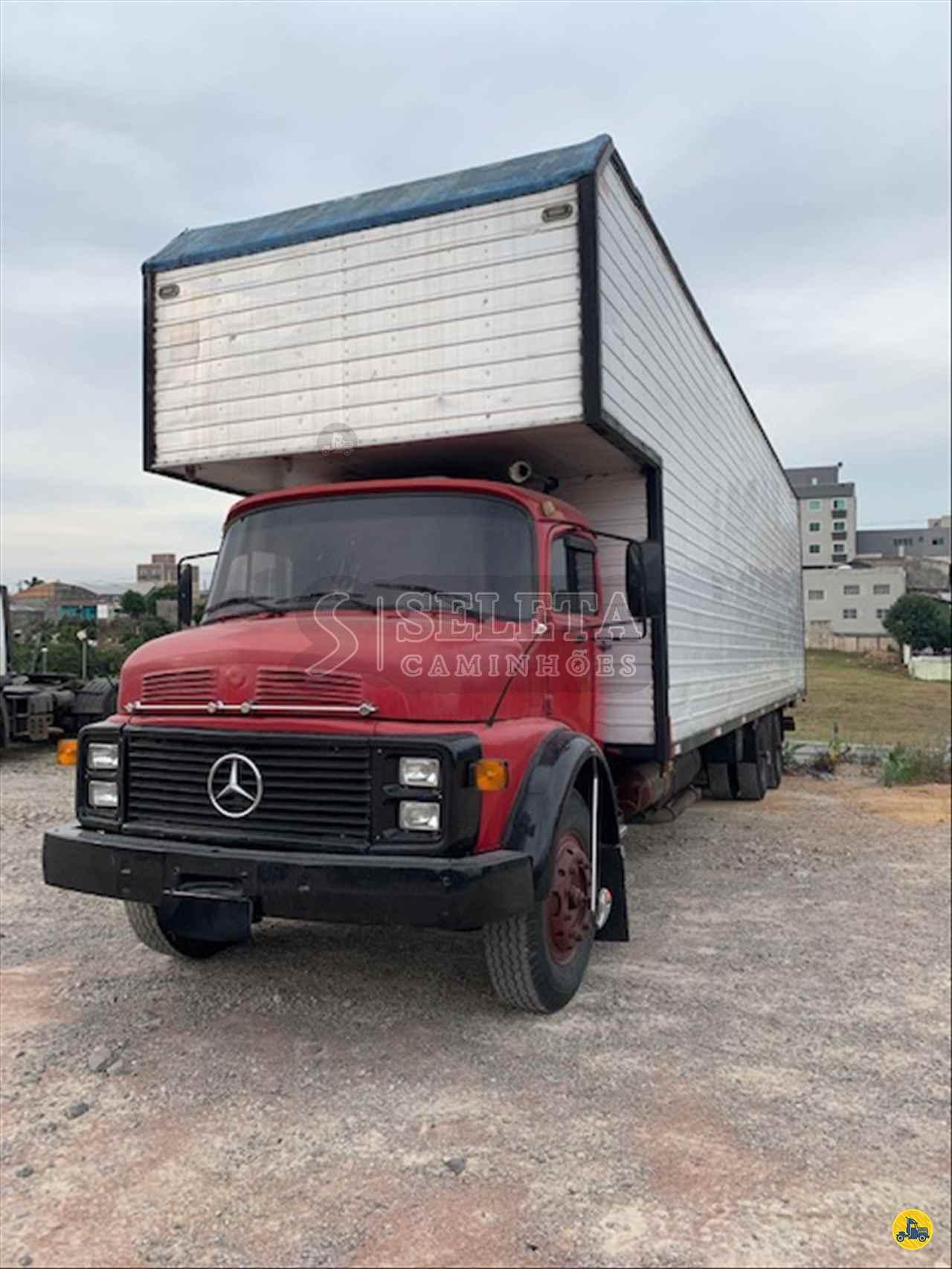 CAMINHAO MERCEDES-BENZ MB 1113 Baú Furgão Truck 6x2 Seleta Caminhões CAMPO LARGO PARANÁ PR