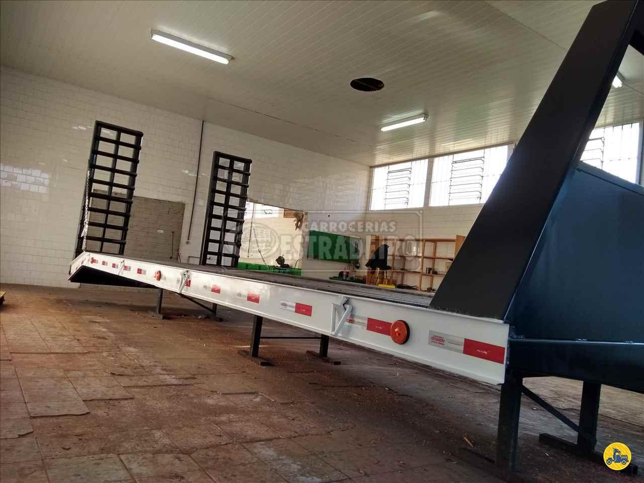TRUCK PLATAFORMA GUINCHO 0km 2020 Carrocerias Estradeiro