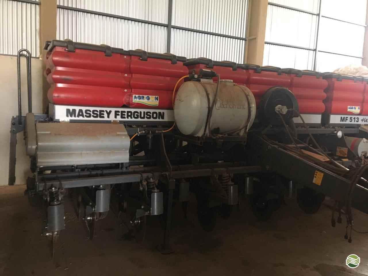 MASSEY FERGUSON MF 515  2019/2019 Martins e Quadros