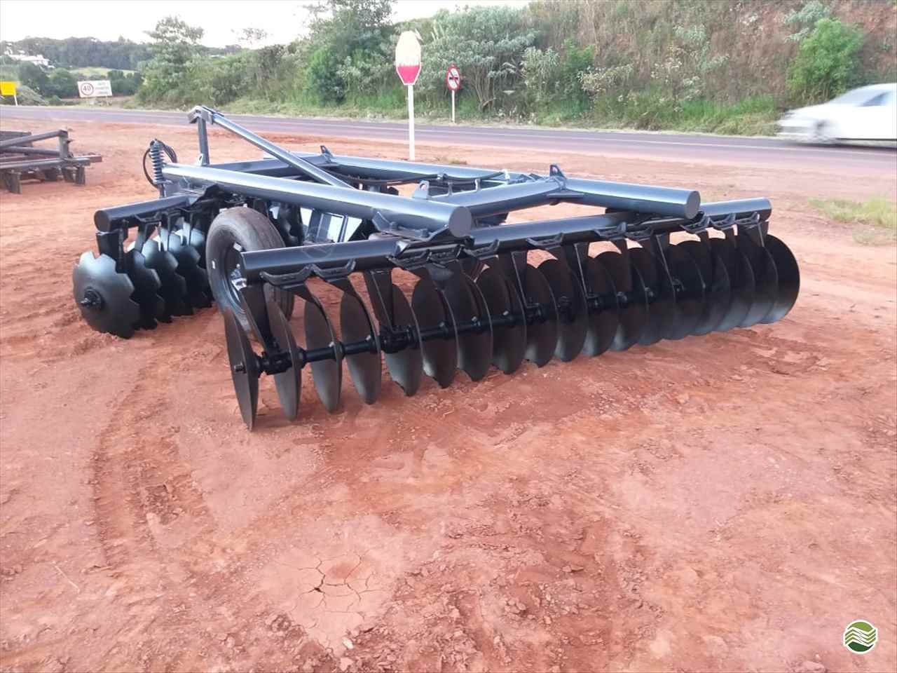 IMPLEMENTOS AGRICOLAS GRADE NIVELADORA NIVELADORA 42 DISCOS Martins e Quadros CARAZINHO RIO GRANDE DO SUL RS