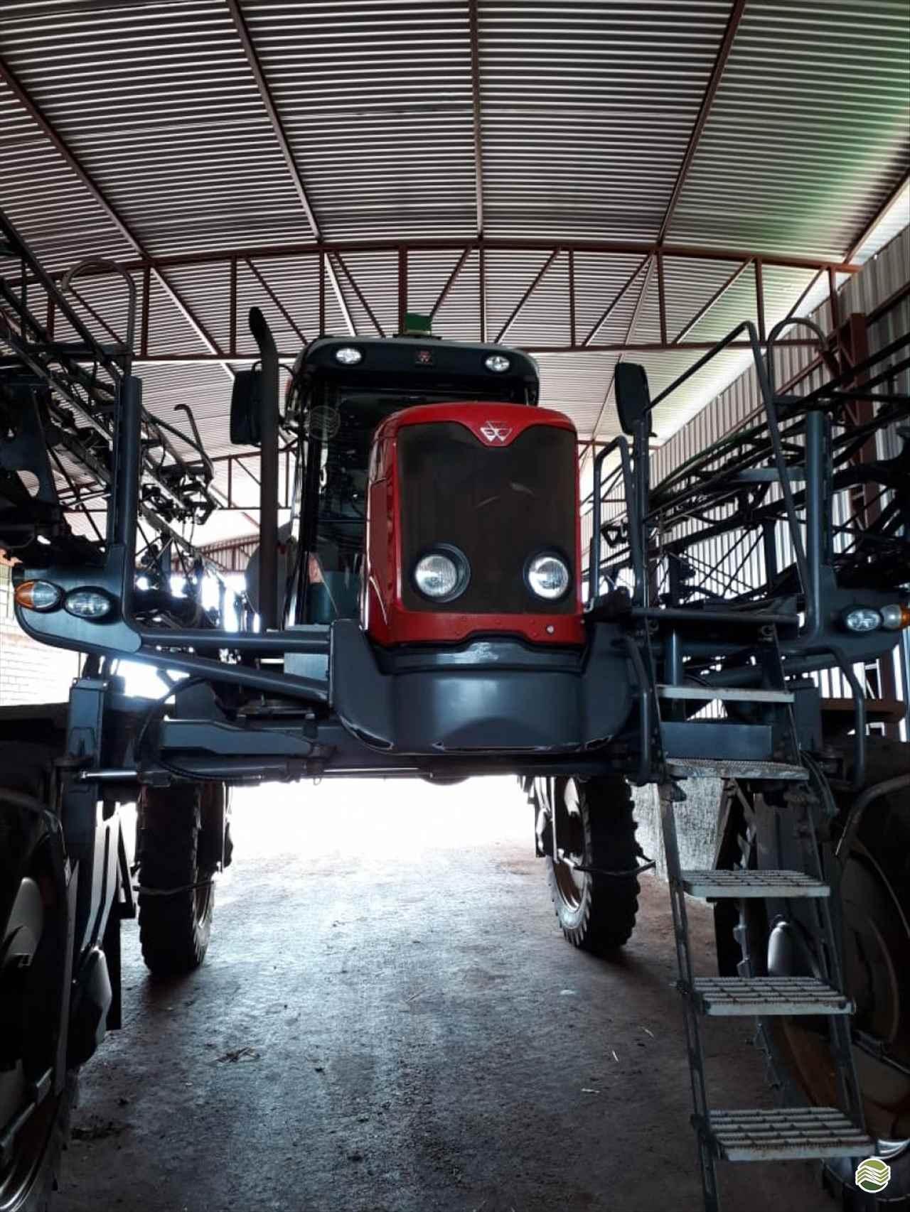 PULVERIZADOR MASSEY FERGUSON MF 9030 Tração 4x4 Martins e Quadros CARAZINHO RIO GRANDE DO SUL RS