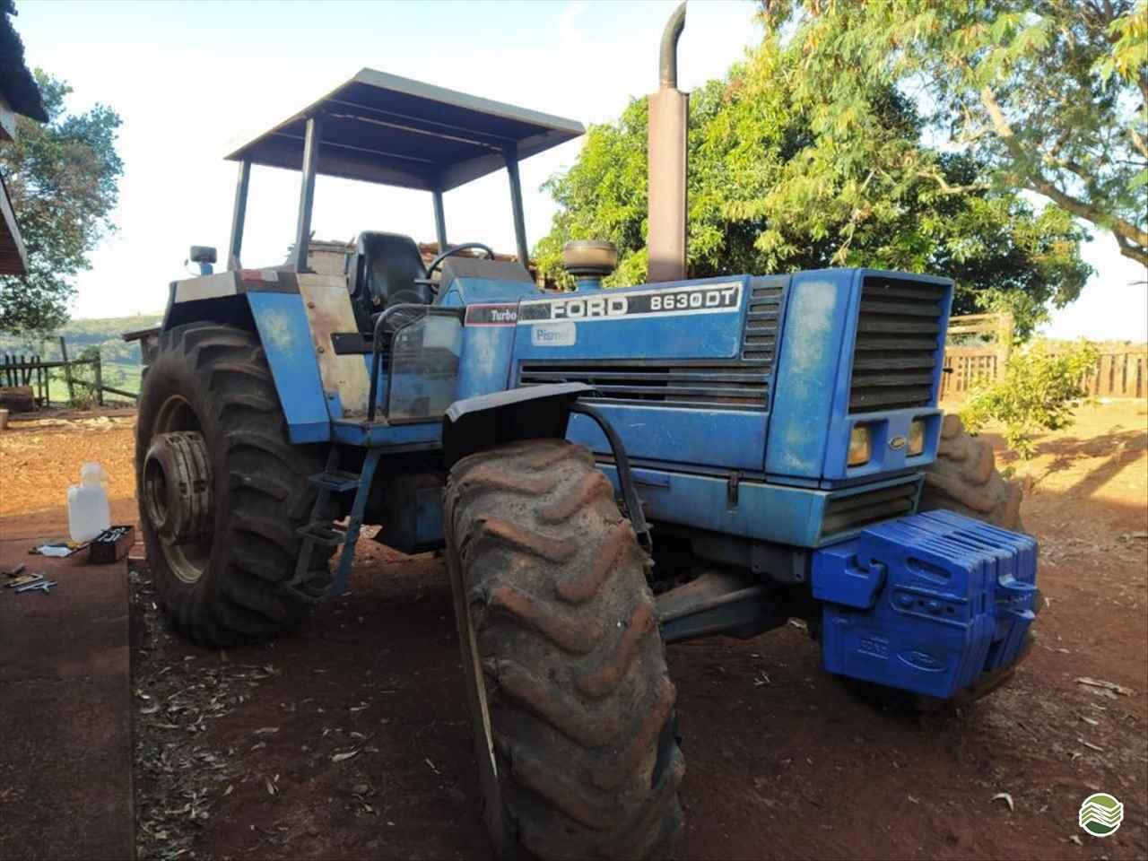TRATOR FORD FORD 8630 Tração 4x4 Martins e Quadros CARAZINHO RIO GRANDE DO SUL RS