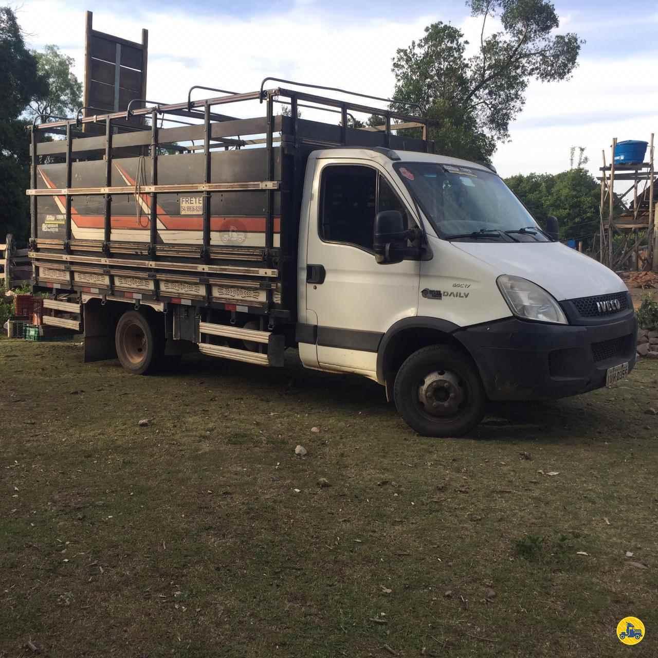 CAMINHAO IVECO DAILY 55c17 Boiadeiro 3/4 4x2 Zanon Caminhões e Implementos PASSO FUNDO RIO GRANDE DO SUL RS
