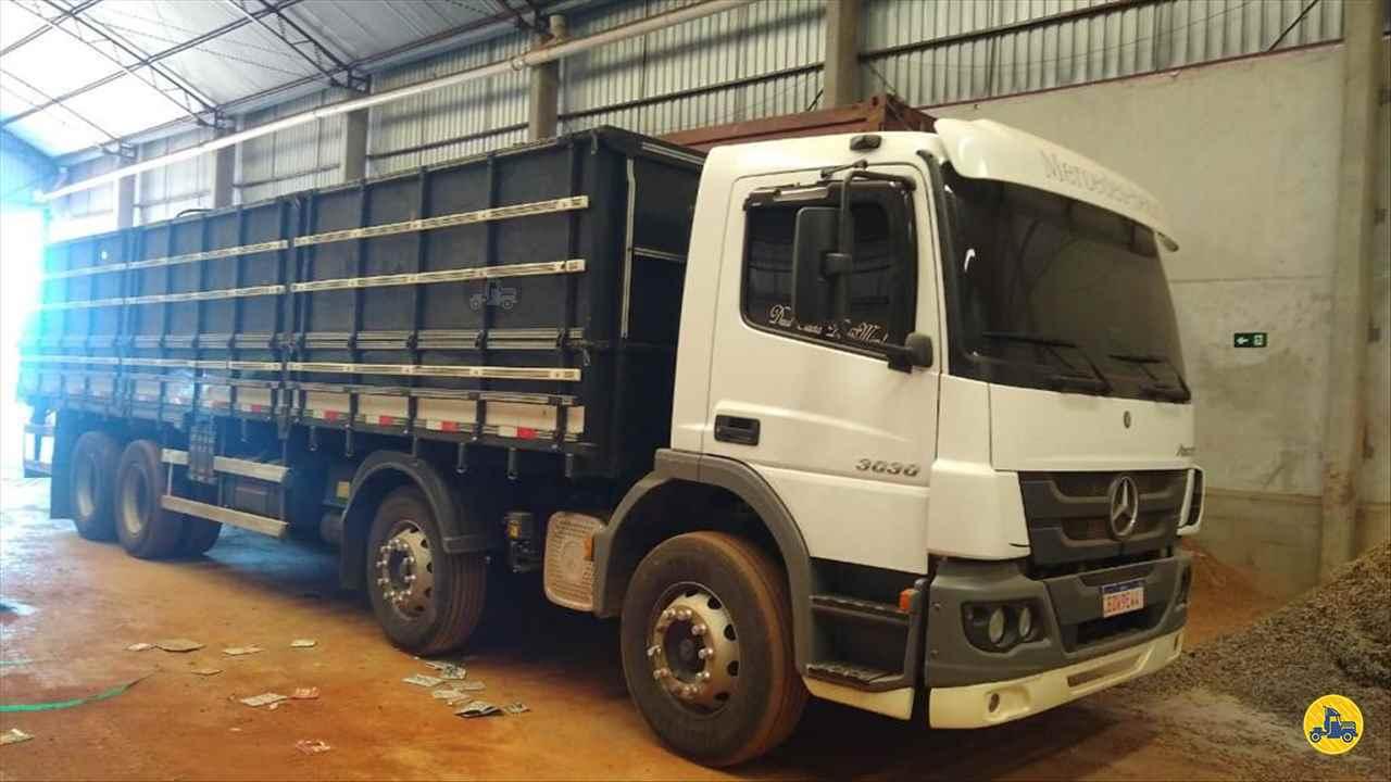 CAMINHAO MERCEDES-BENZ MB 3030 Graneleiro BiTruck 8x2 Maracavel Londrina Caminhões LONDRINA PARANÁ PR