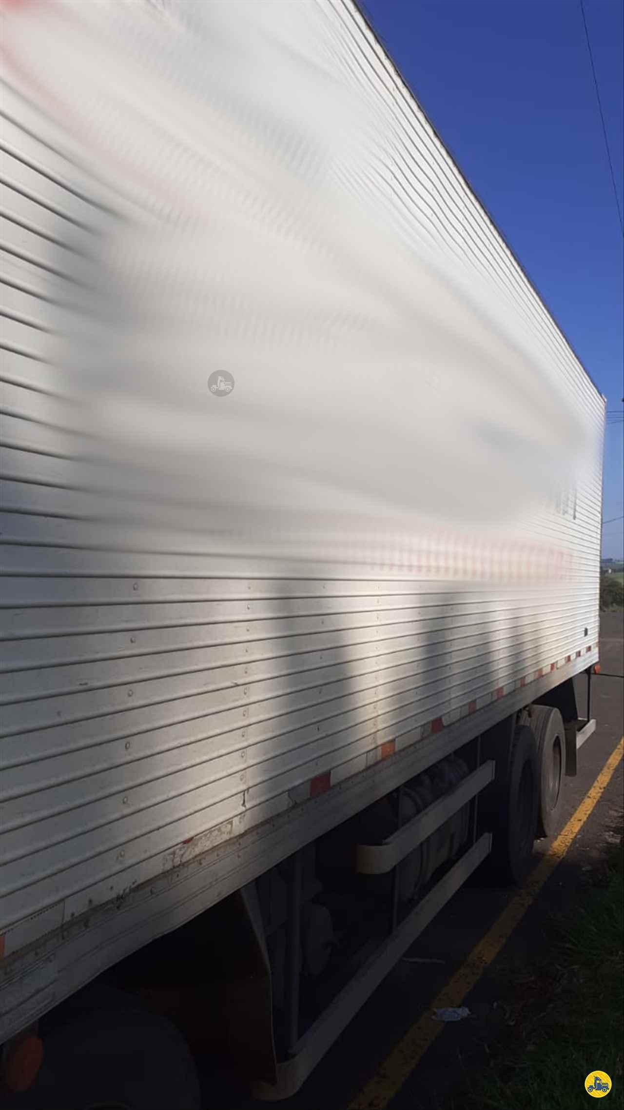 CARROCERIA SOBRE CHASSI  BITRUCK BAU FRIGORIFICO Maracavel Londrina Caminhões LONDRINA PARANÁ PR